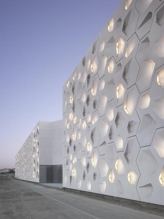Contemporary Arts Center Córdoba / Nieto Sobejano Arquitectos. Image © Roland Halbe