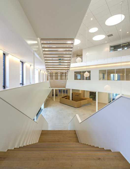 Gerrit Rietveld College / atelier PRO, © John Lewis Marshall