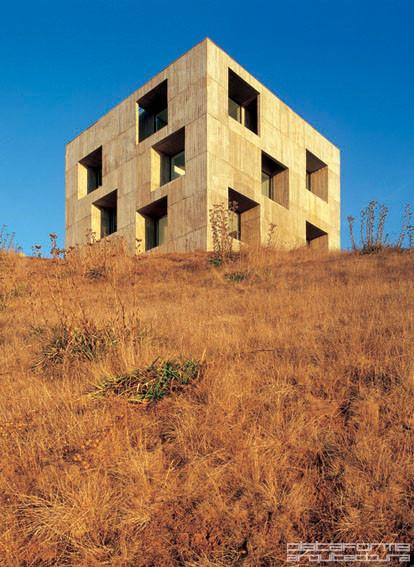 Invitados a la XVII Bienal de Chile: Mauricio Pezo