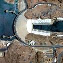 Hoover Dam - Condado de Clark, Nevada / Condado de Mohave, Arizona, EE.UU. Imagen Cortesía de DigitalGlobe