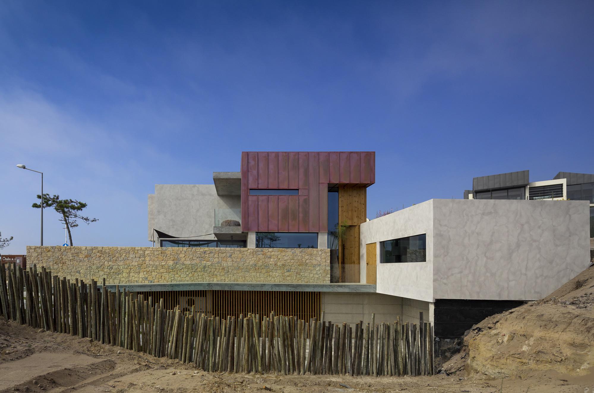 Casa Areias do Seixo / ARQUI+, © Fernando Guerra | FG+SG