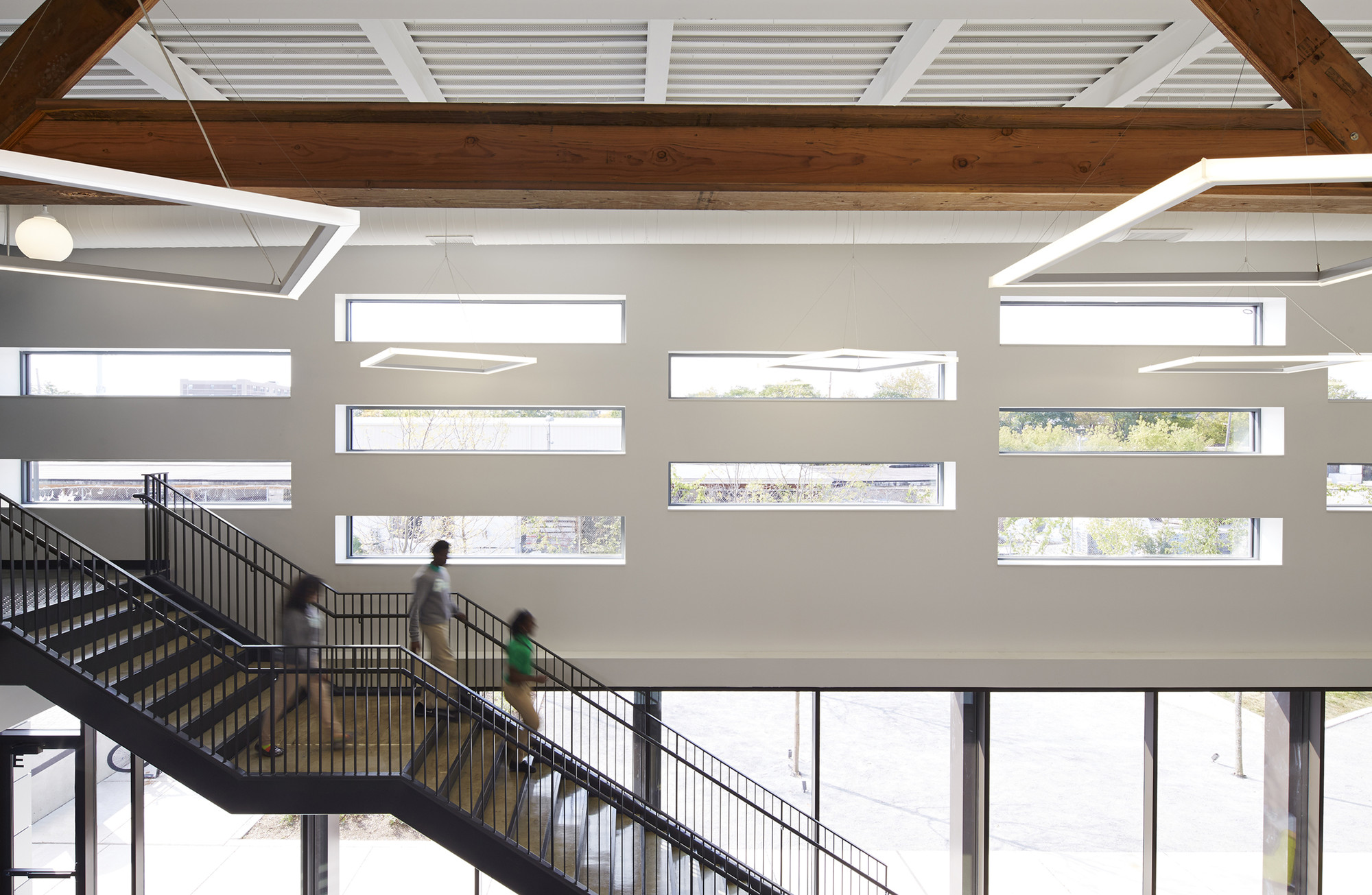 Intrinsic School / Wheeler Kearns Architects, © Steve Hall - Hedrich Blessing Photography