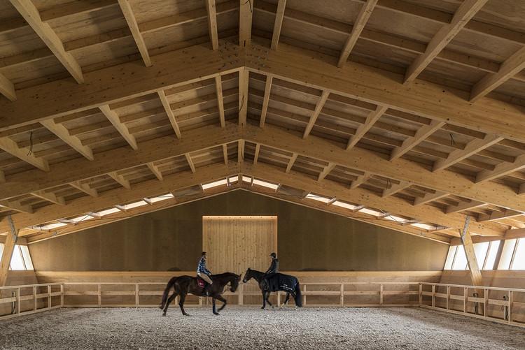 Equestrian Centre / Carlos Castanheira + Clara Bastai, © Fernando Guerra |  FG+SG