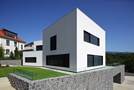 © DVA Arhitekta
