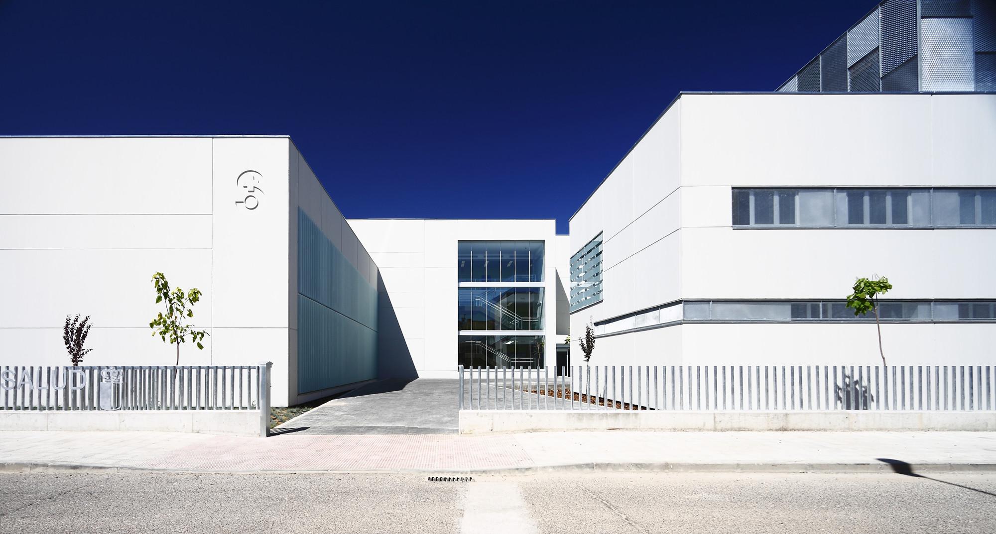 Centro de salud talavera v bat arquitecnica archdaily m xico - Muebles moreno talavera ...