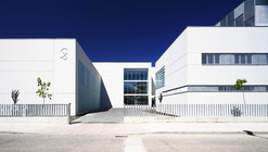 "Centro de Salud ""TALAVERA V"" / BAT + ARQUITECNICA"