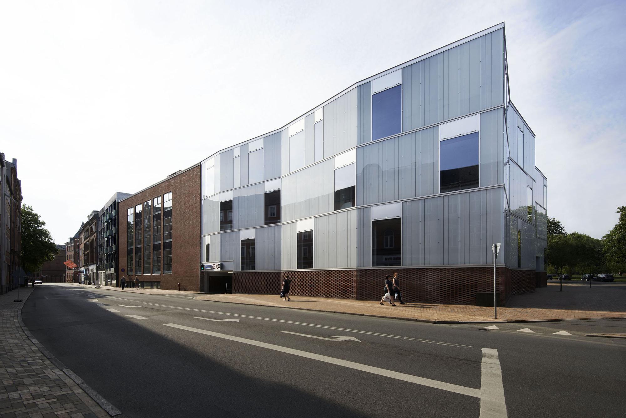Odense Cathedral High School  / Cubo Arkitekter, © Martin Schubert