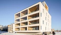 Edificio de Departamentos Kotisaarenkatu / Playa Arkkitehdit