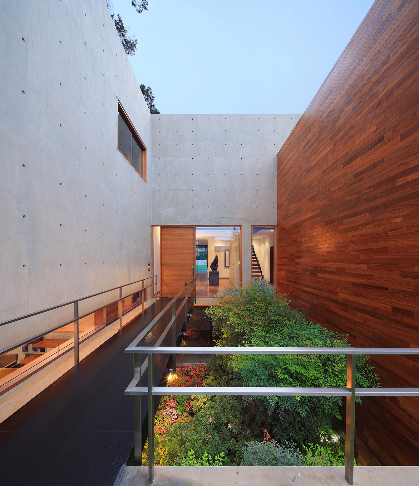 House H / Jaime Ortiz de Zevallos