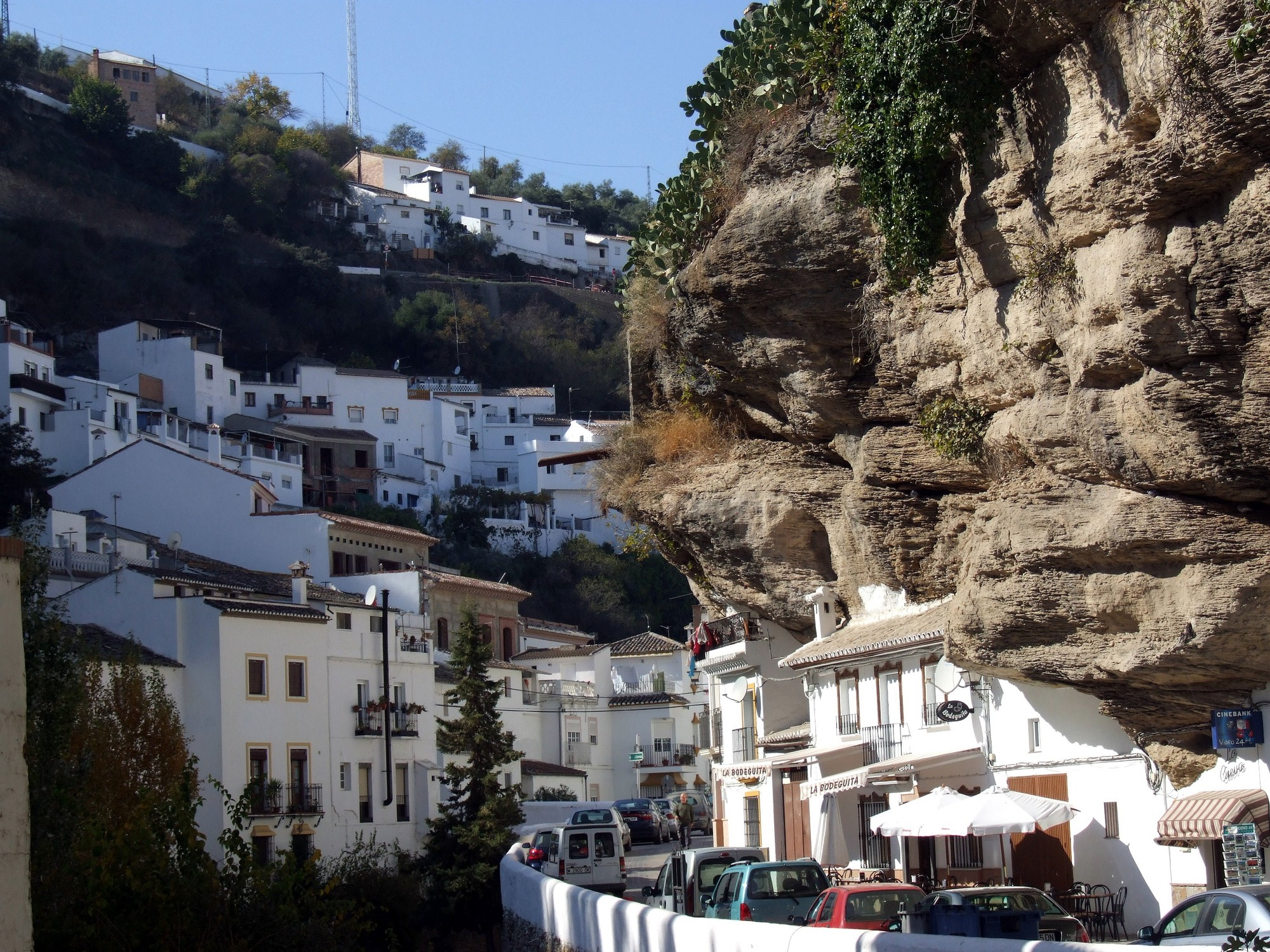 These Cave Houses In Spain Are Surprisingly Cosy These Cave Houses In Spain Are Surprisingly Cosy new pictures
