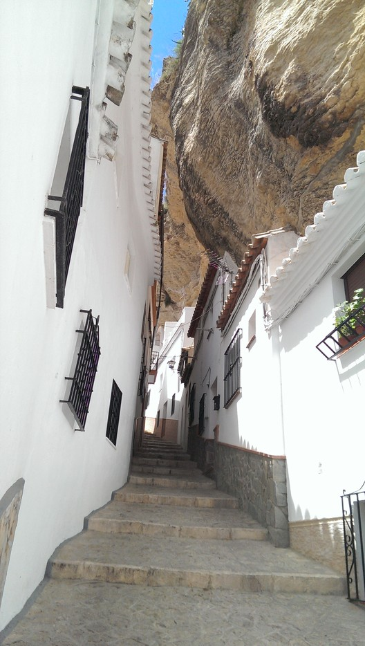 Living Under a Rock: Setenil de las Bodegas, © Flickr CC user Feli García