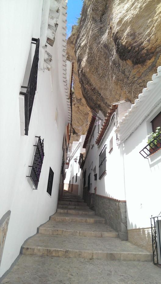 Vivendo em cavernas: Setenil de las Bodegas, © Flickr CC user Feli García