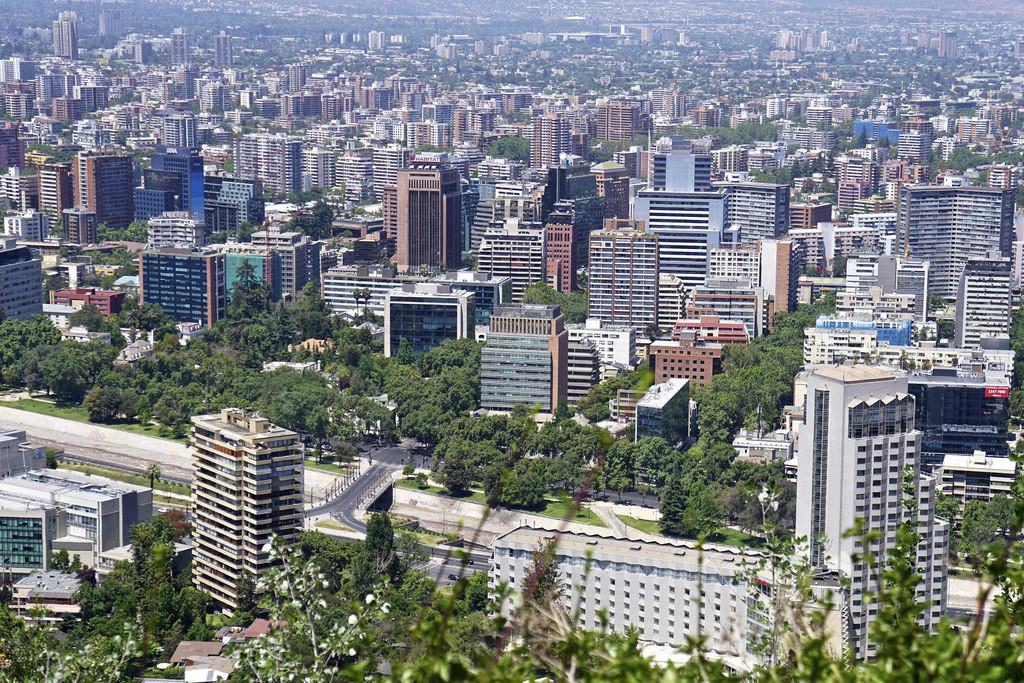 """""""The Economist"""" avalia a segurança em 50 cidades através do Índice de Cidades Seguras 2015, Santiago, Chile © alobos Life, via Flickr. Used under <a href='https://creativecommons.org/licenses/by-sa/2.0/'>Creative Commons</a>"""