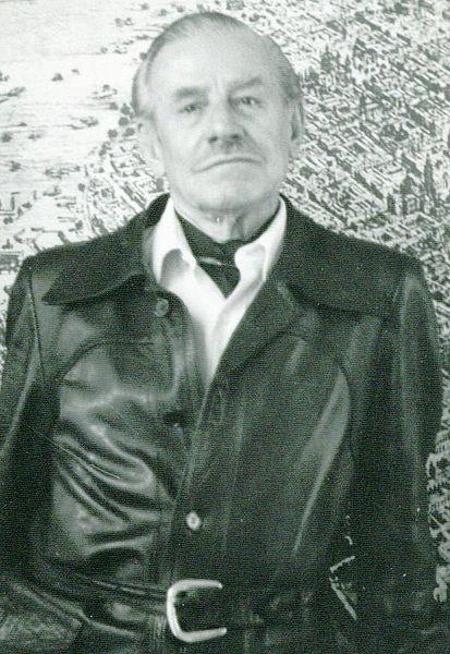 En perspectiva: Enrique del Moral, Vía Wikipedia