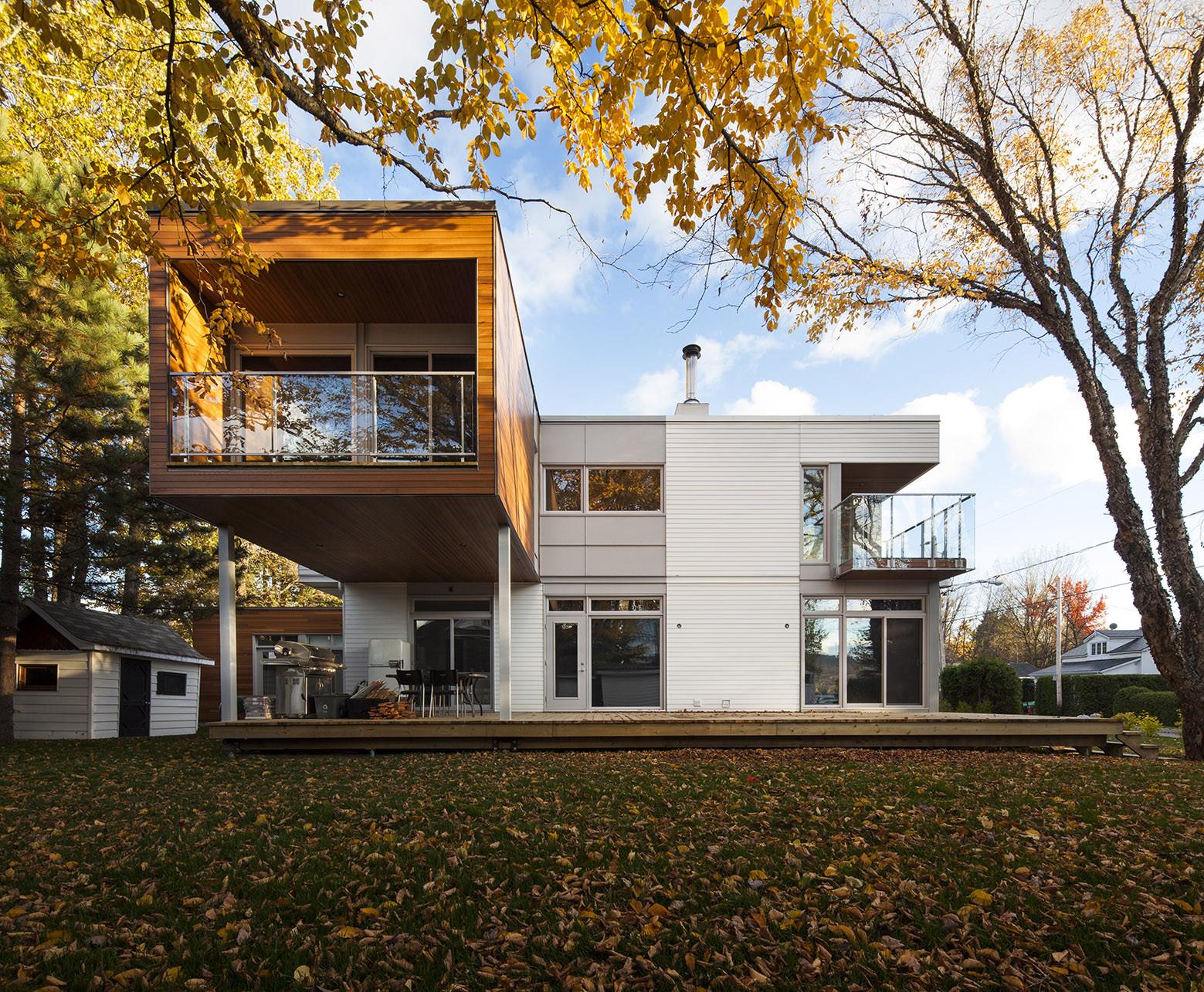 L-House / CCM2 Architectes, © Stéphane Groleau