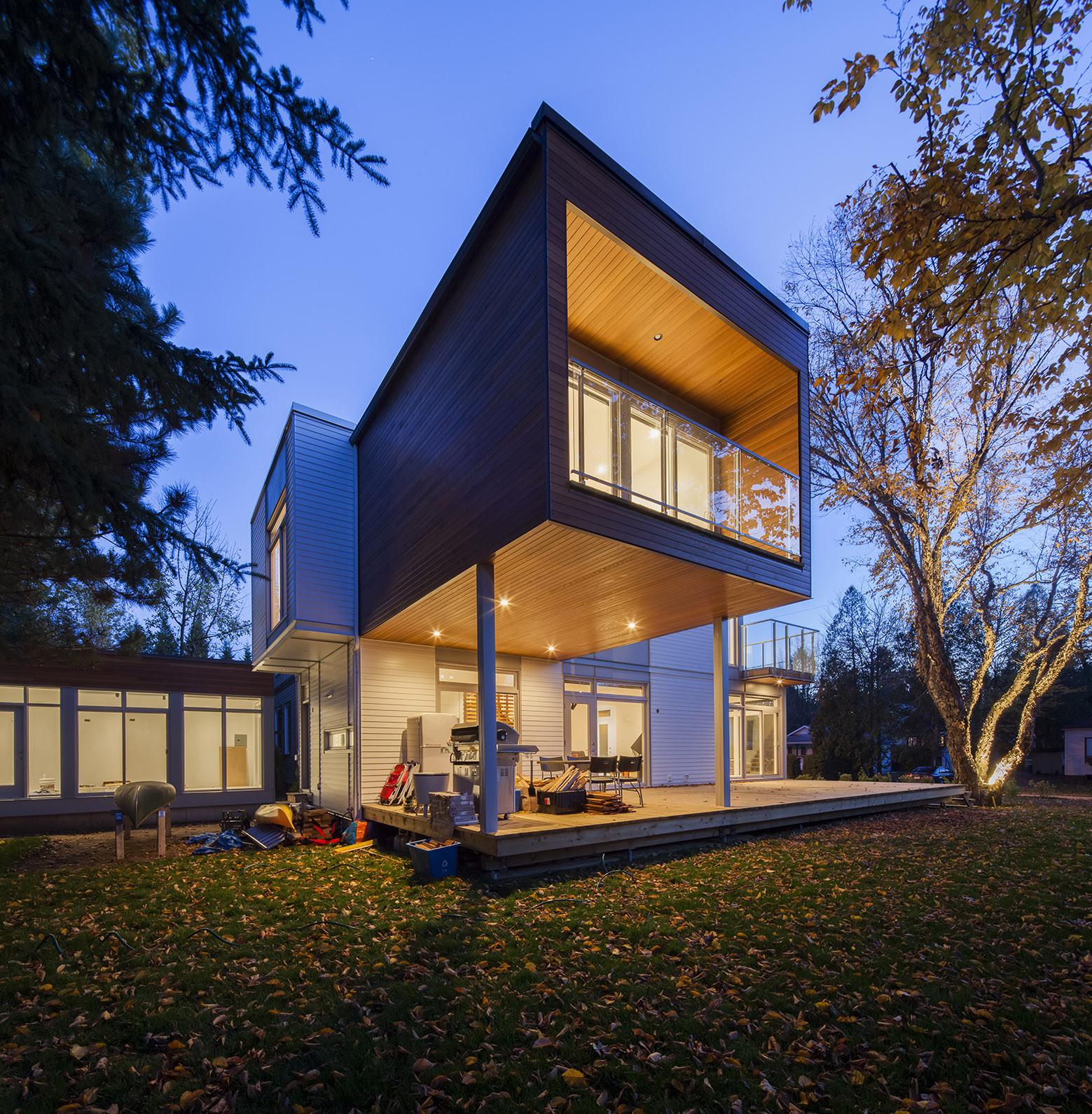 L-House / CCM2 Architectes
