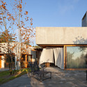 Peter Rose + Partners / East House. Image © Matthew Snyder