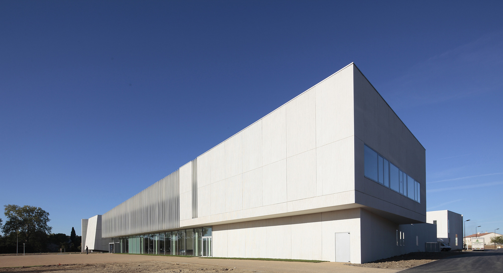 Gallery of art school carcassonne jacques ripault for Architecture 54