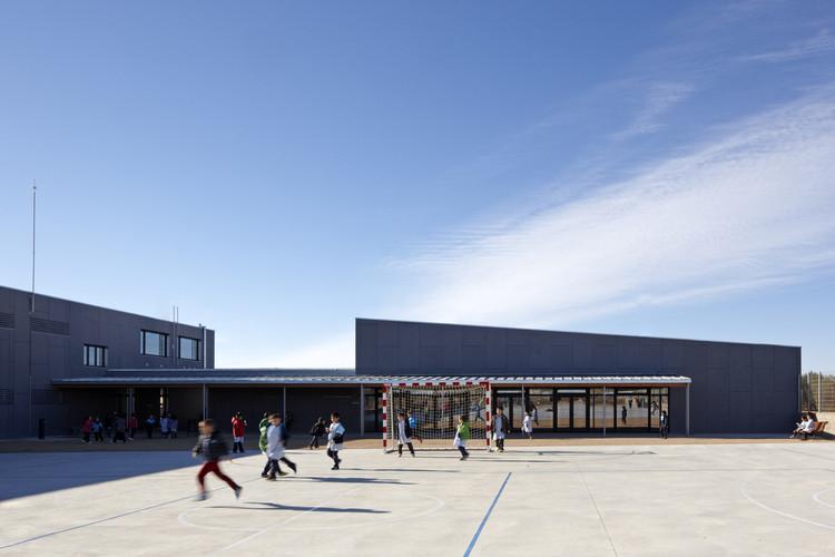 Escola La Canaleta / 2260mm Arquitectes, © Lluís Bernat