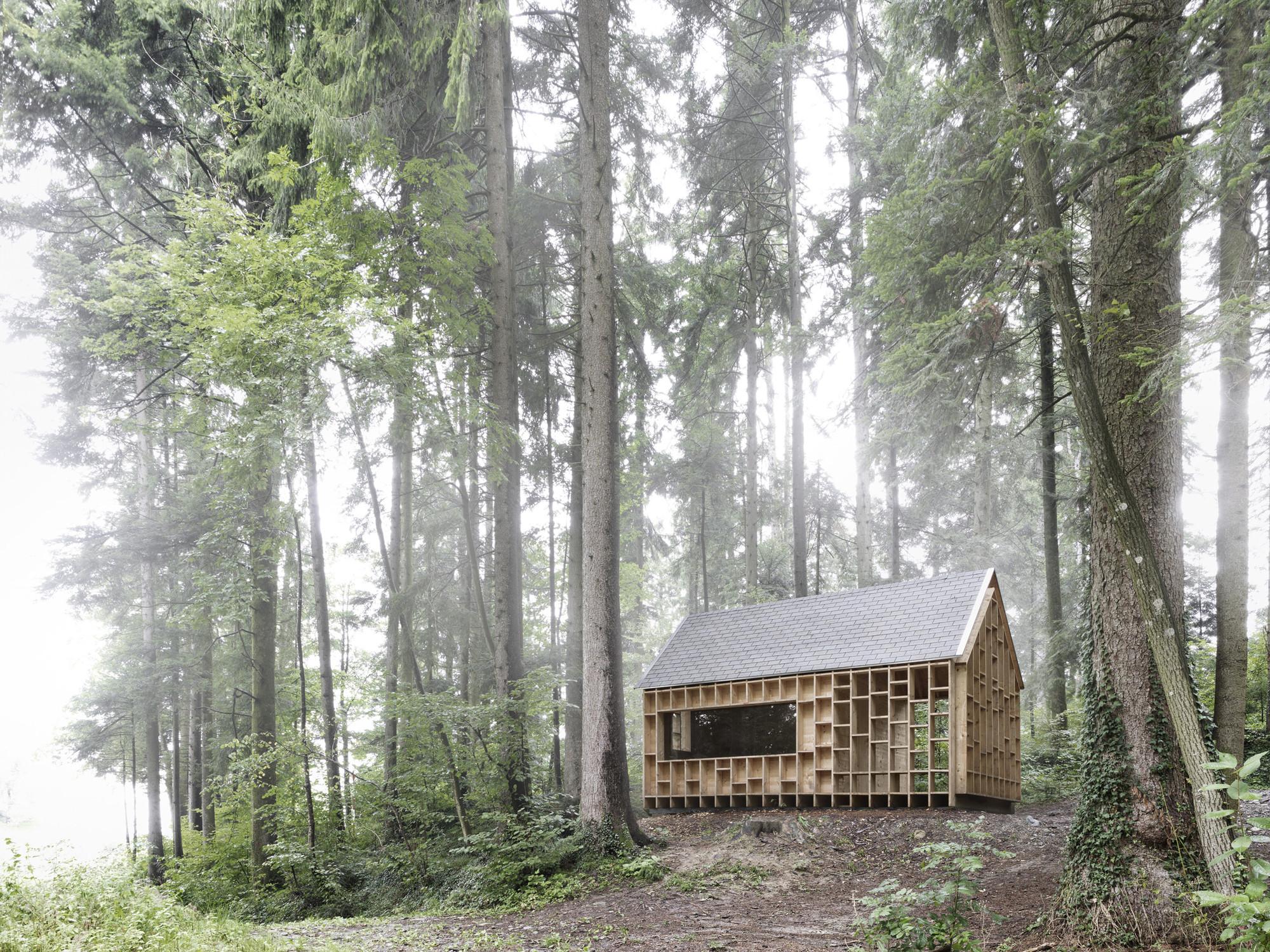 Refugio en el Bosque  / Bernd Riegger Architektur , © Adolf Bereuter