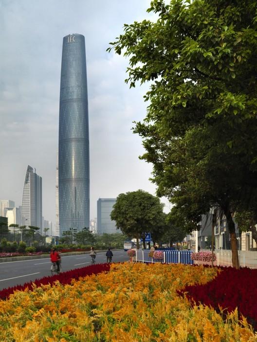 Guangzhou International Finance Centre, China / Wilkinson Eyre Architects © Jonathan Leijonhufvud