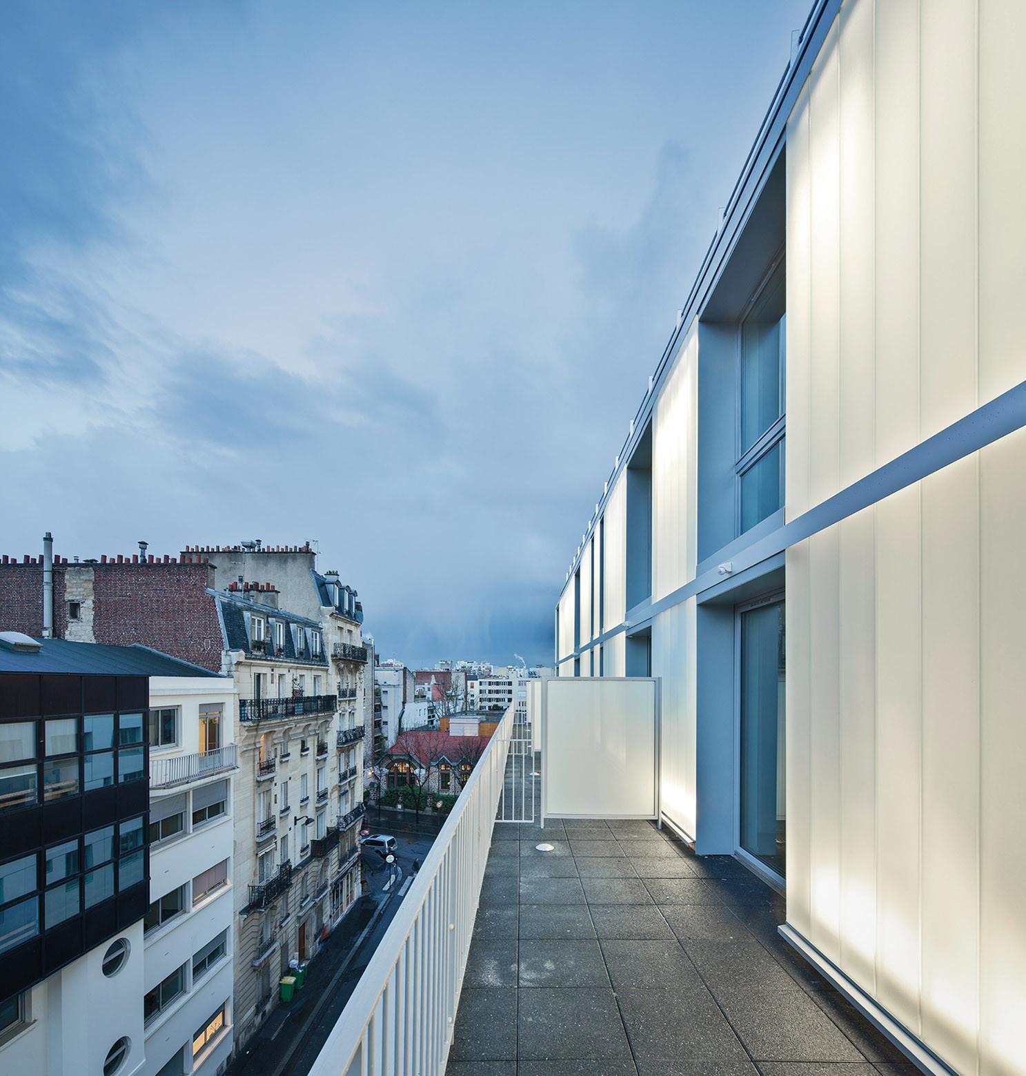 Arquitectura: Patronage Laique & Social Housing / LAPS Architecture