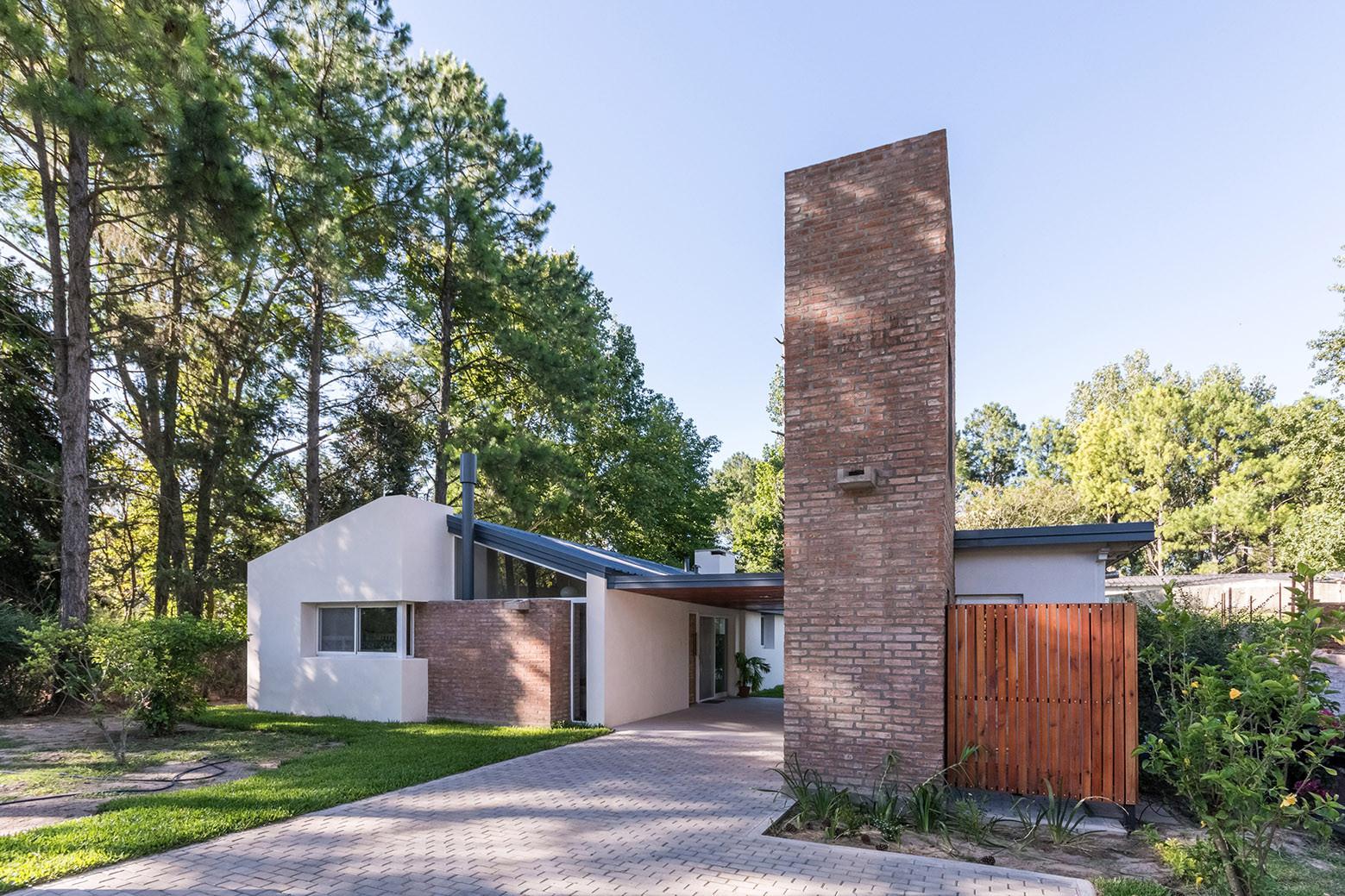 Casa en El Pinar / BIAGIONI/PECORARI Arquitectos, © Ramiro Sosa