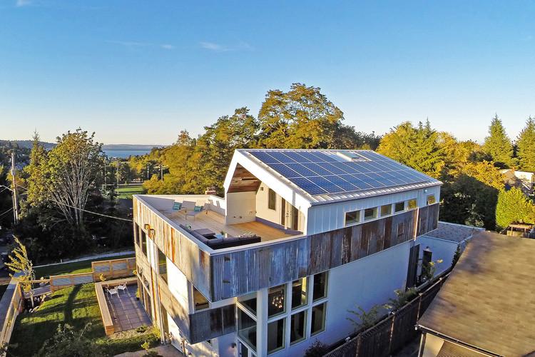 Reclaimed Modern  / Julian Weber Architects, © Tucker English