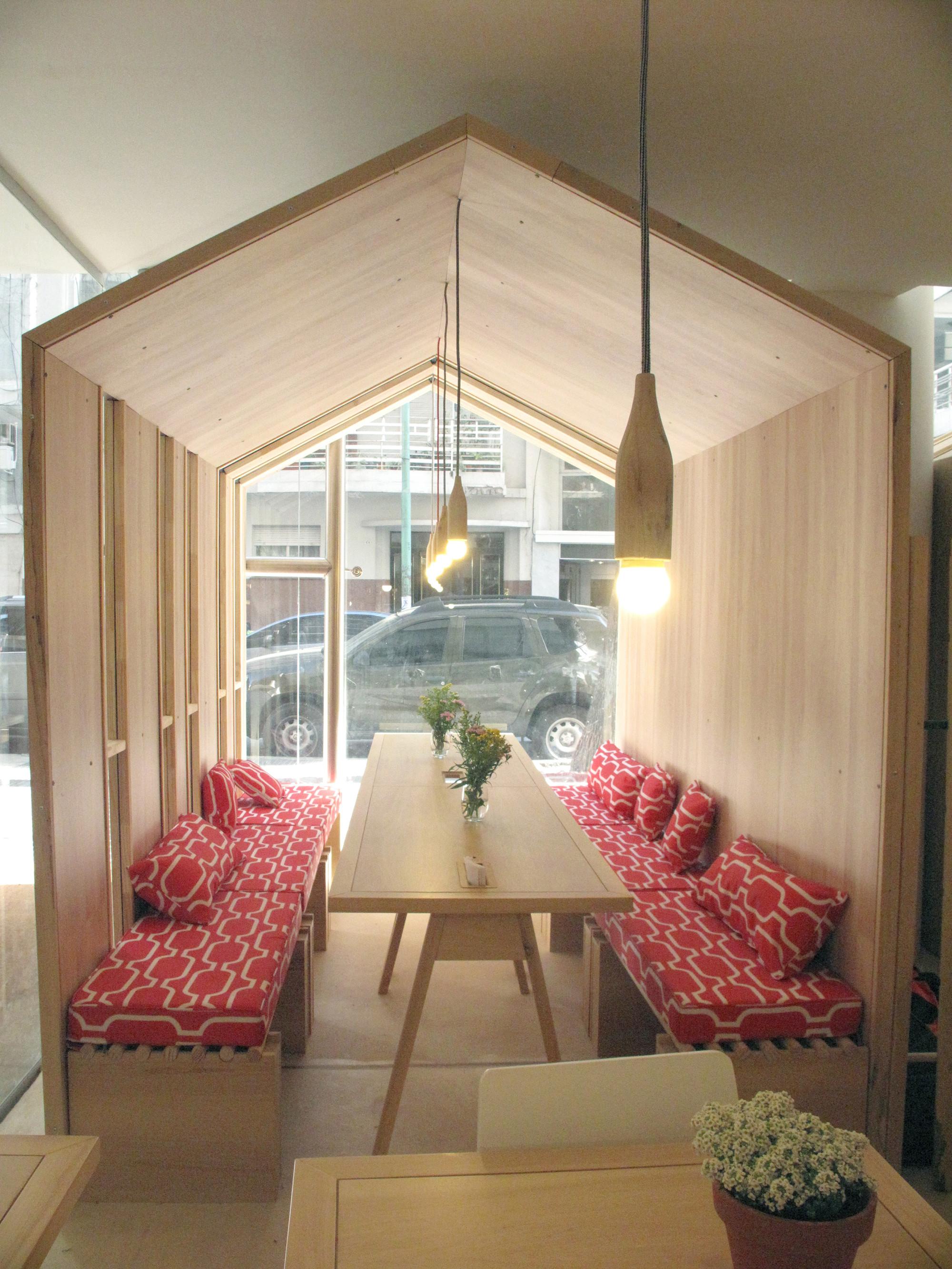galer a de fiii fun house ris cantante 24. Black Bedroom Furniture Sets. Home Design Ideas