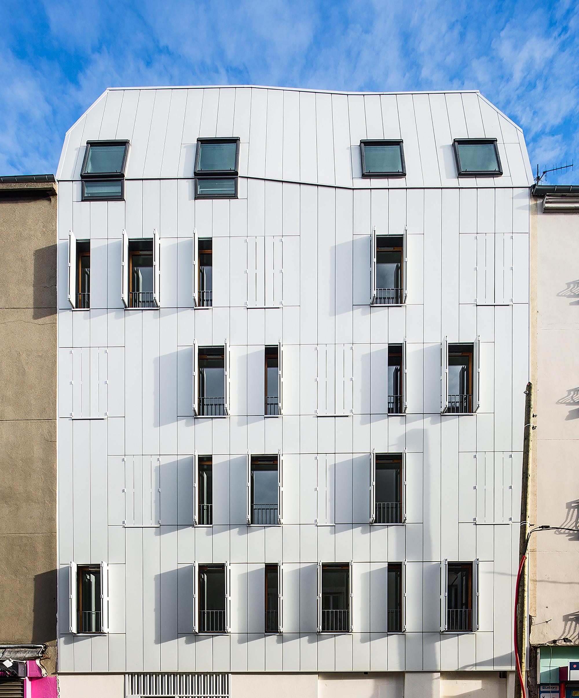 Galer a de edificio de viviendas de madera jtb for Viviendas en madera