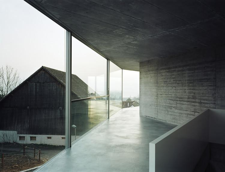 Casa com uma parede / Christian Kerez, © Walter Mair