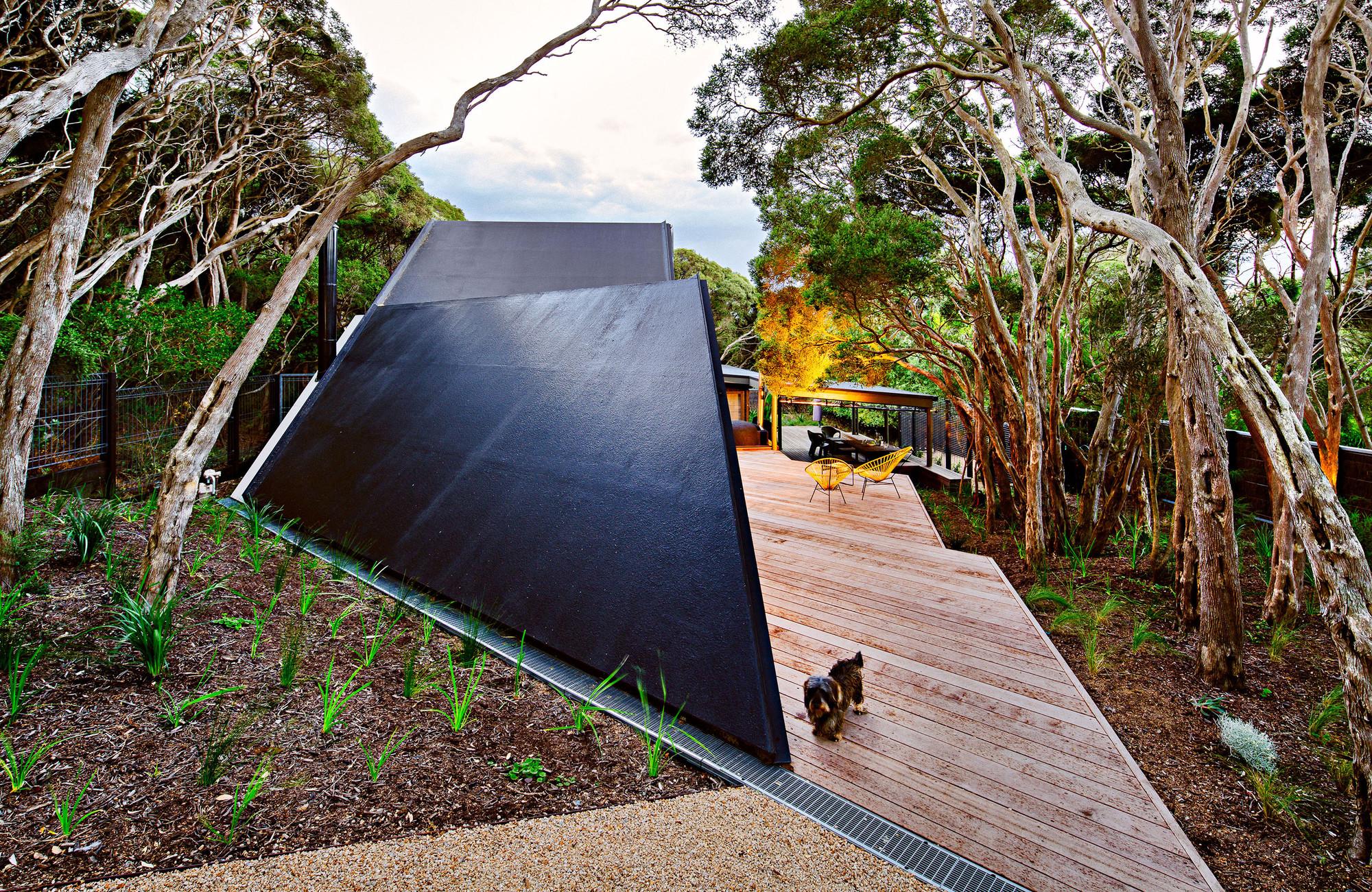 Cabaña 2 / Maddison Architects