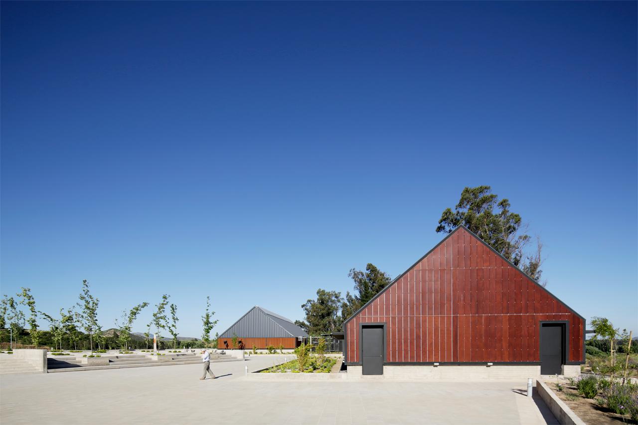 Centro de Investigación e Innovación Viña Concha y Toro / Claro + Westendarp Arquitectos