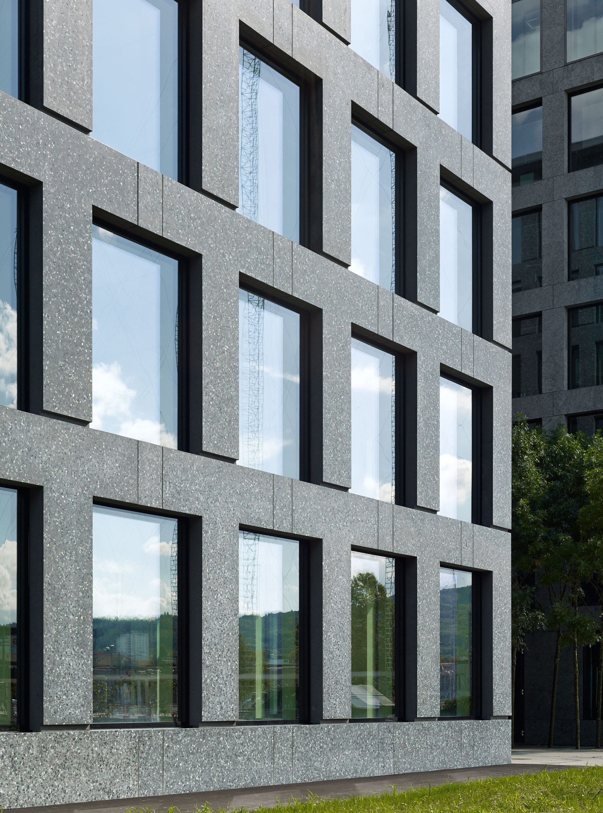 Concrete Building With Windows : Gallery of herostrasse office building max dudler
