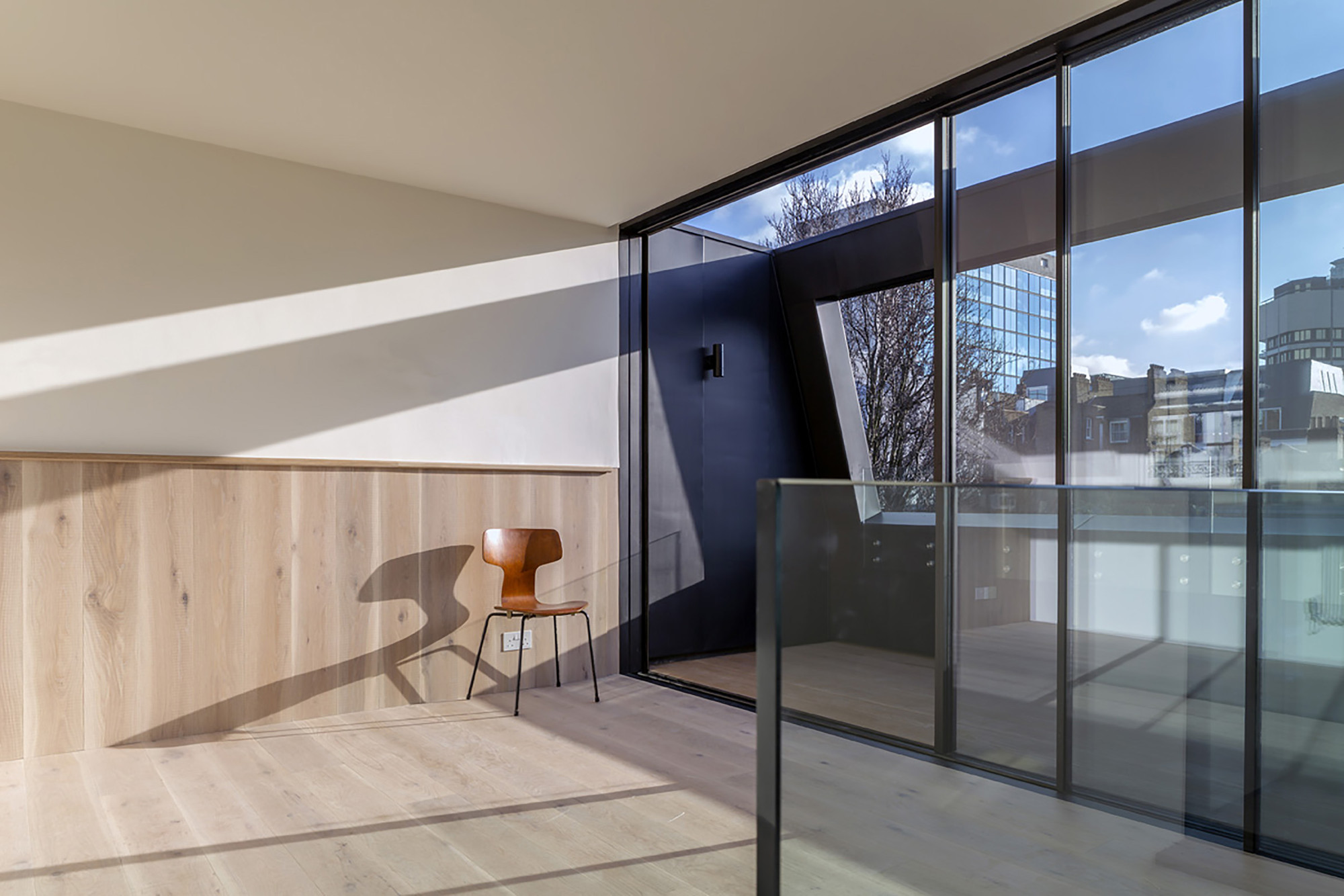 Fitzrovia House / West Architecture
