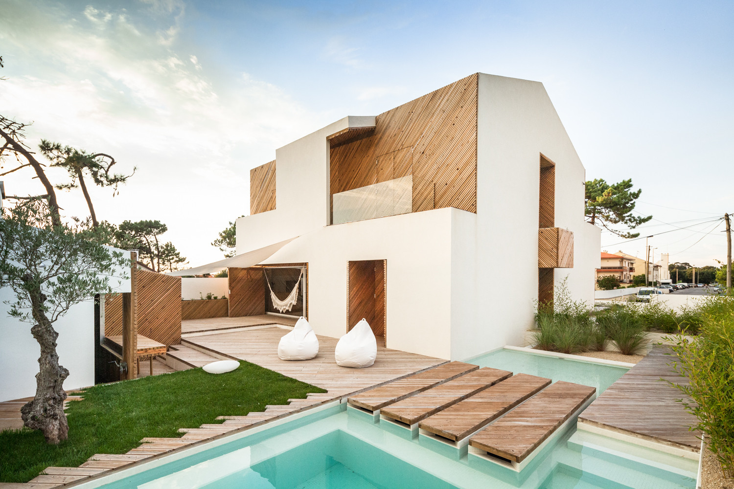 Fantastic Stucco Home Designs Pictures - Home Decorating Inspiration ...