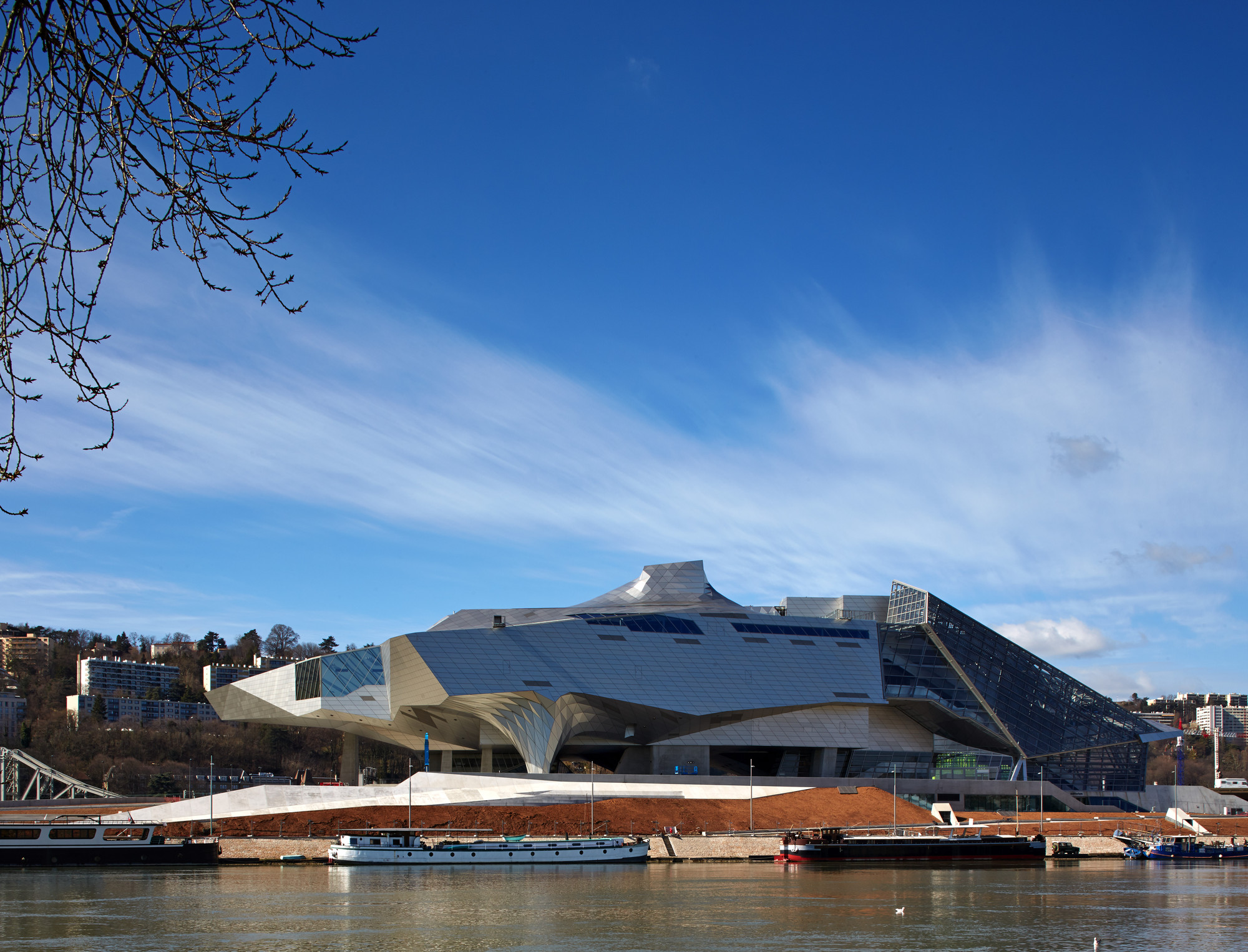 Coop Himmelb(l)au's Musée des Confluences Through the Lens of Edmund Sumner, © Edmund Sumner