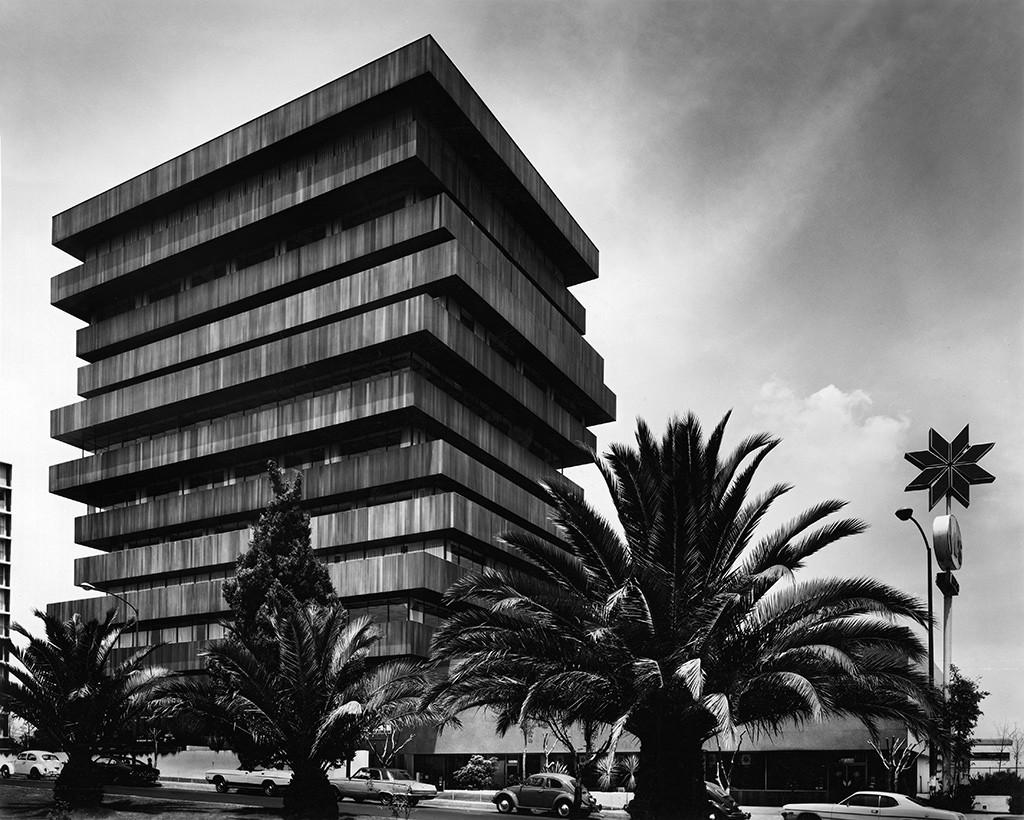"""Últimas semanas de la Exhibición """"Juan Sordo Madaleno: modernidad y vigencia"""" / Ciudad de México, Palmas 555 (1975) / Cortesía de Sordo Madaleno Arquitectos"""