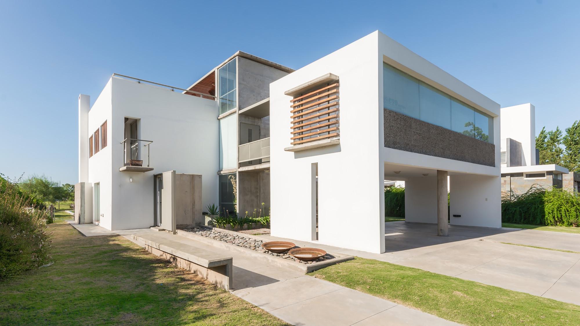 Galeria de casa la santina bisio arquitectos 10 for Colores claros para casas