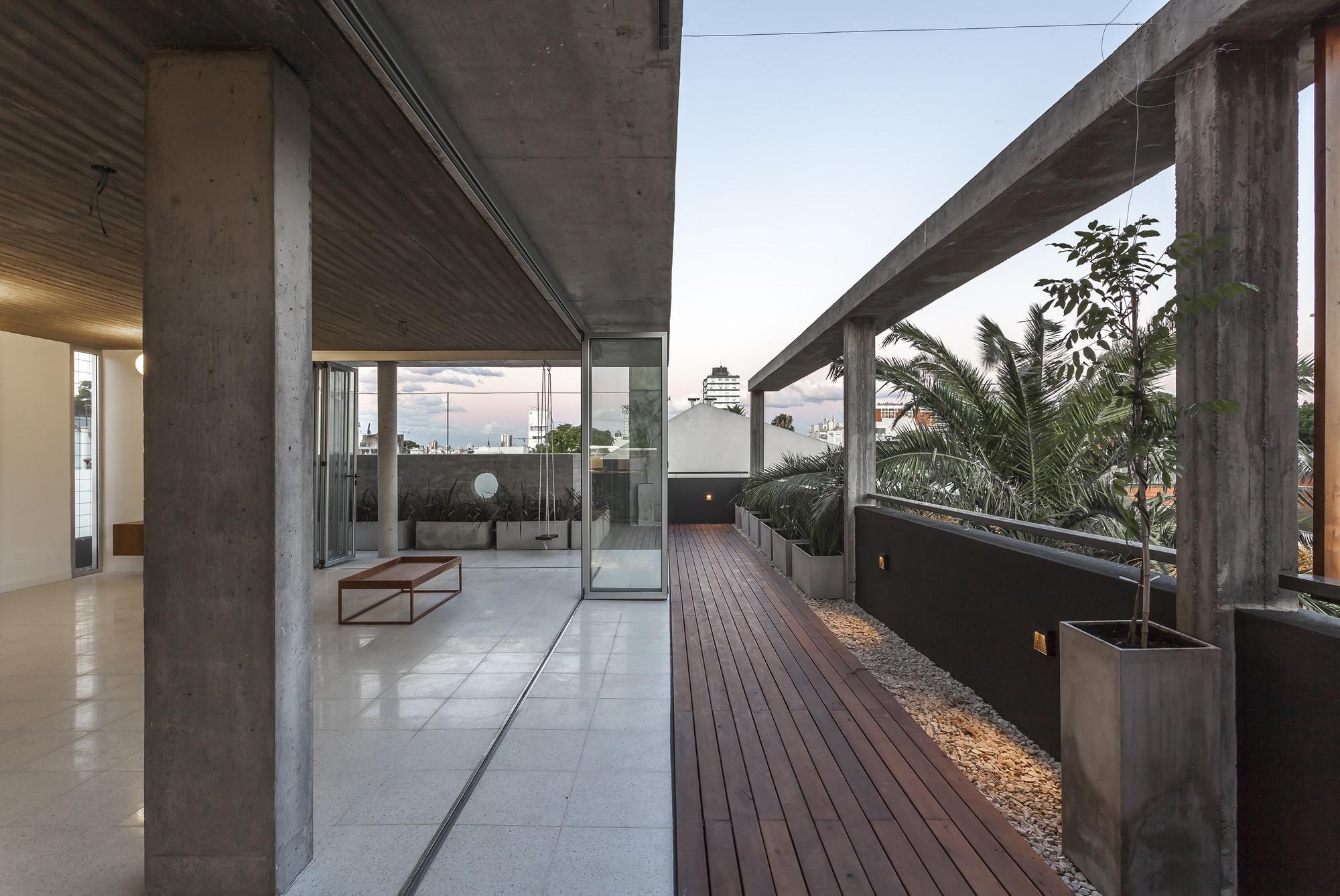 Edifício LeBreton 4482 / Barq, © Federico Kulekdjian