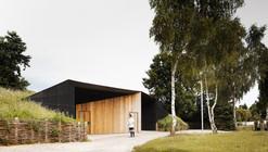 Hidden Locker Rooms / MU Architecture + Ateliers Les Particules