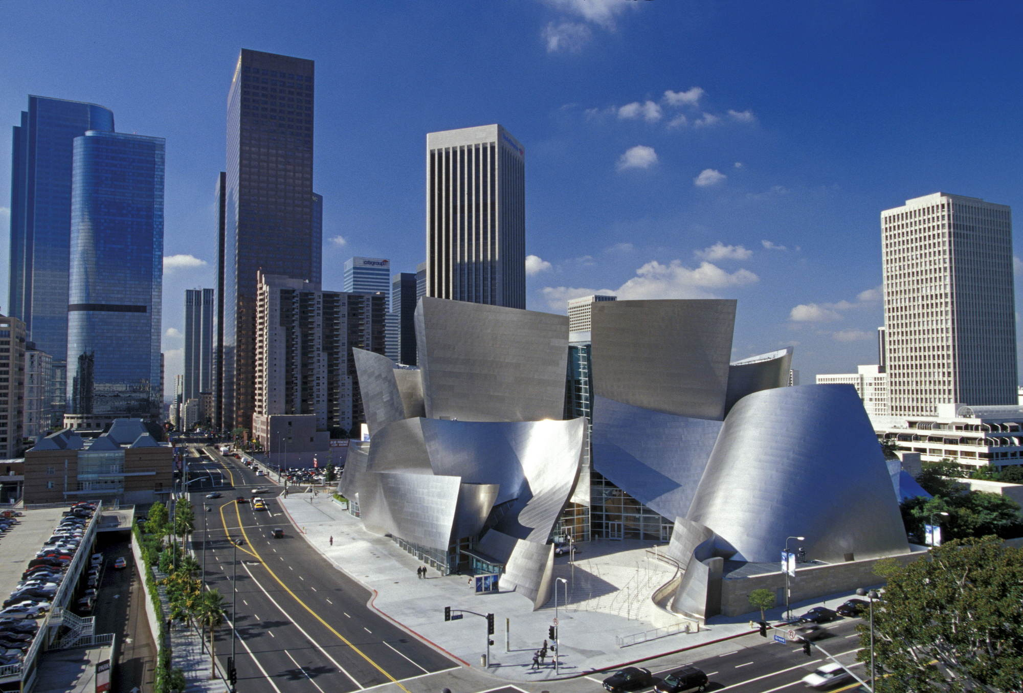 "Frank Gehry to Redesign the ""Gateway to Sunset Strip"", AD Classics: Walt Disney Concert Hall / Frank Gehry. Image © Gehry Partners, LLP"
