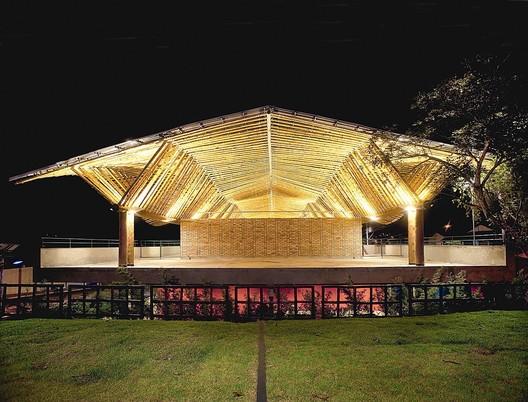 Centro de Cultura Max Feffer, Pardinho, São Paulo, Brasil. © Roger Hama Sassaki
