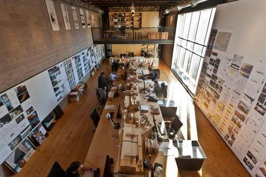 21 dicas para maximizar a produtividade e minimizar o esforço dos arquitetos, Cortesia de Mackay-Lyons Sweetapple Architects