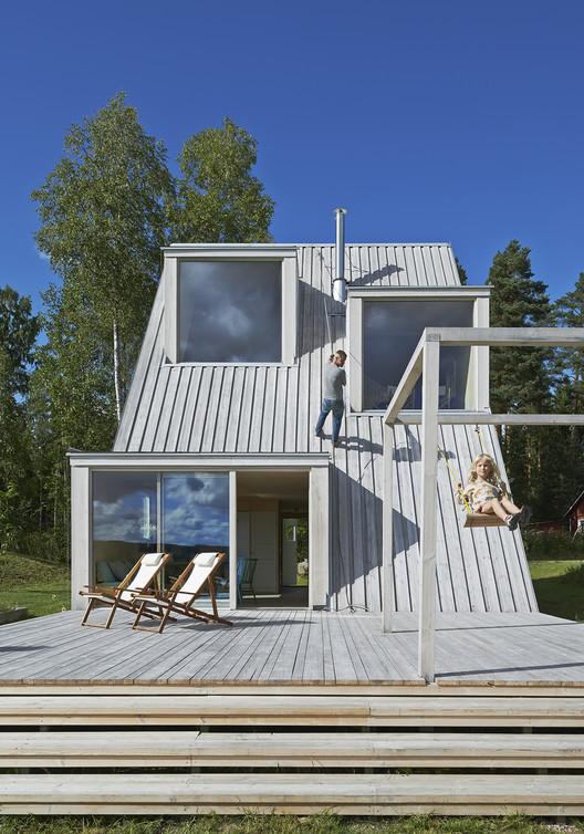 Summer House in Dalarna / Leo Qvarsebo, Courtesy of Leo Qvarsebo