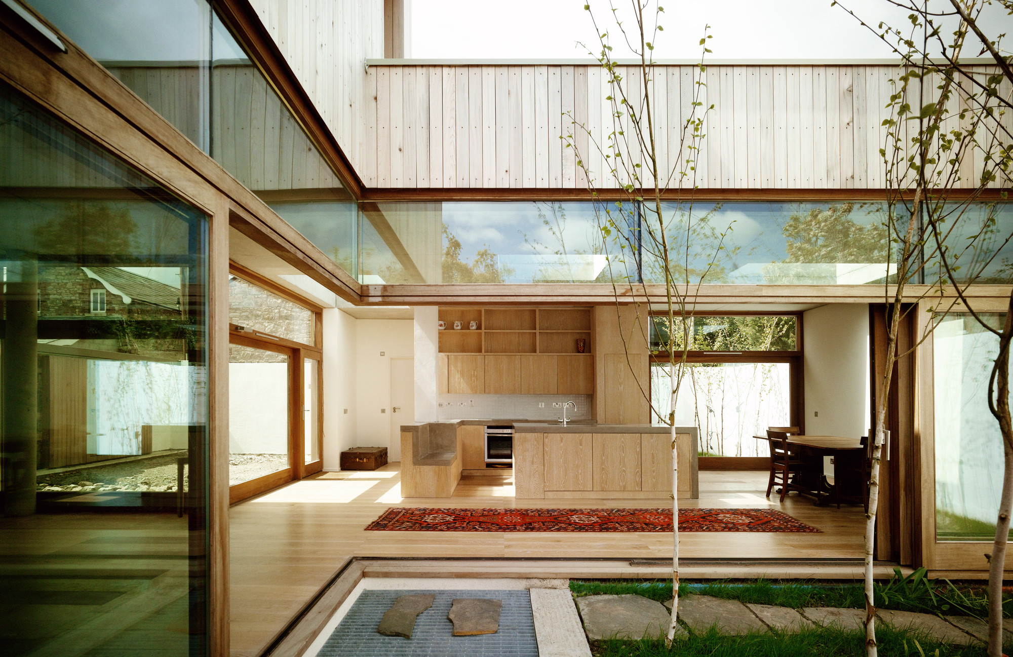 Z-Casa Quadrada / Mccullough Mulvin Architects, © Henrietta Williams / Mary-Louise Halpenny