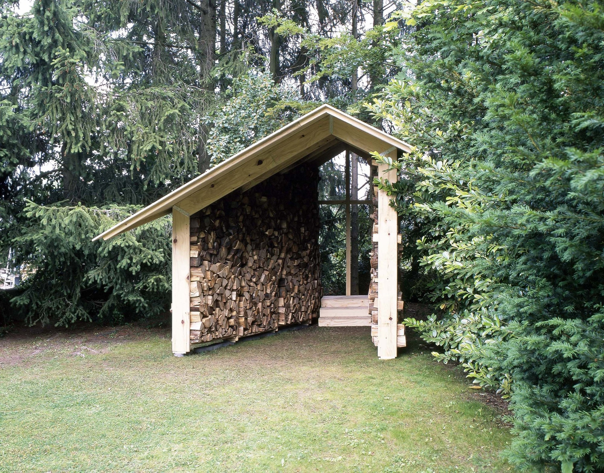 Wooden Hut / Kawahara Krause Architects, Courtesy of Kawahara Krause Architects