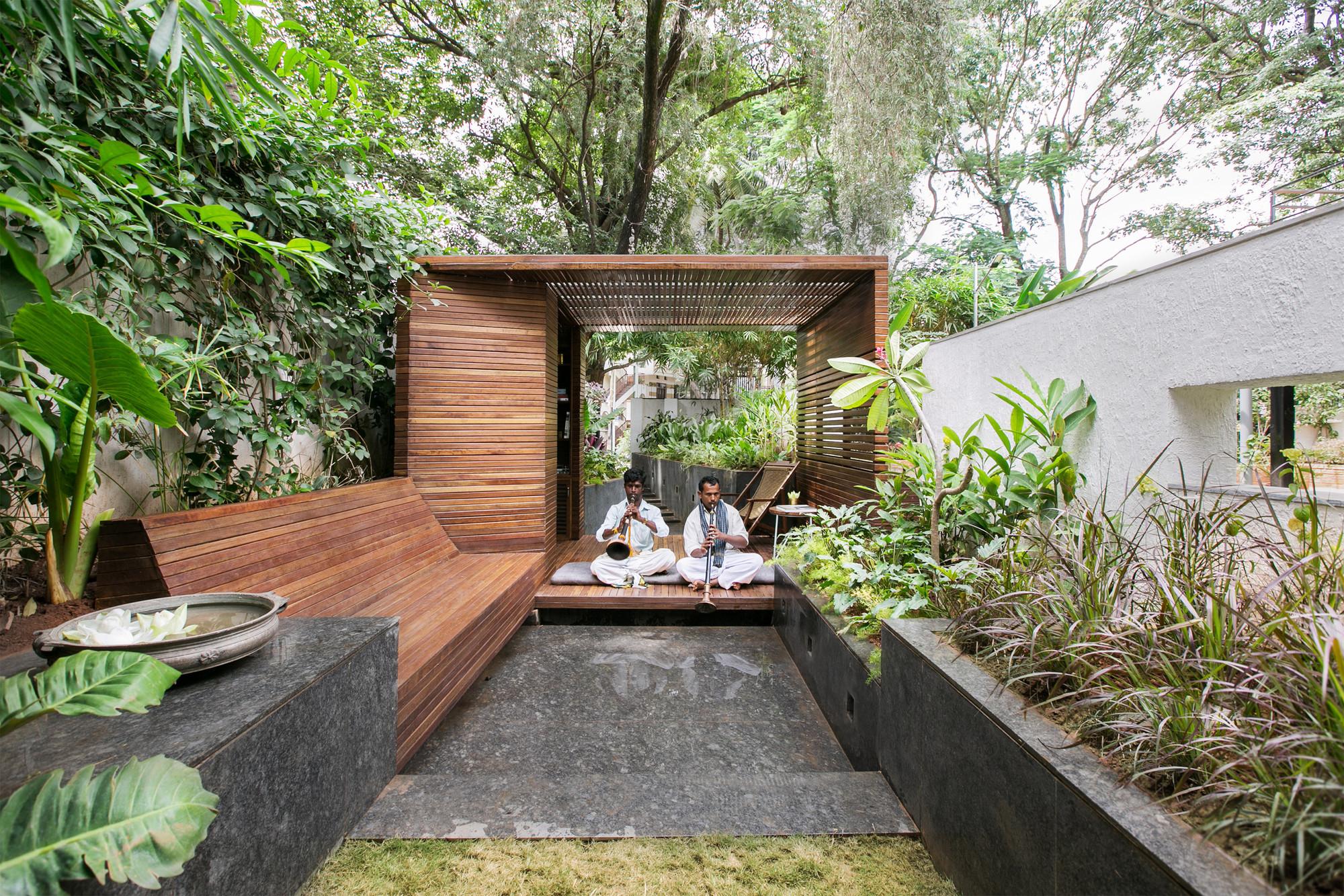 Pabellón en un Jardín / CollectiveProject, © Tina Nandi Stephens