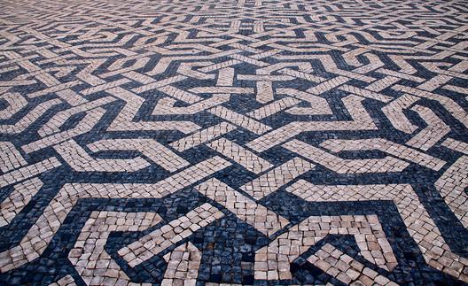 Praça dos Restauradores, em Lisboa. © Wikipedia João Abel Manta