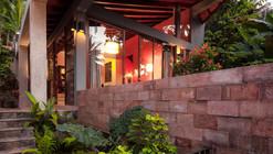 Nisala Villa / Nath Rankothge & Associates